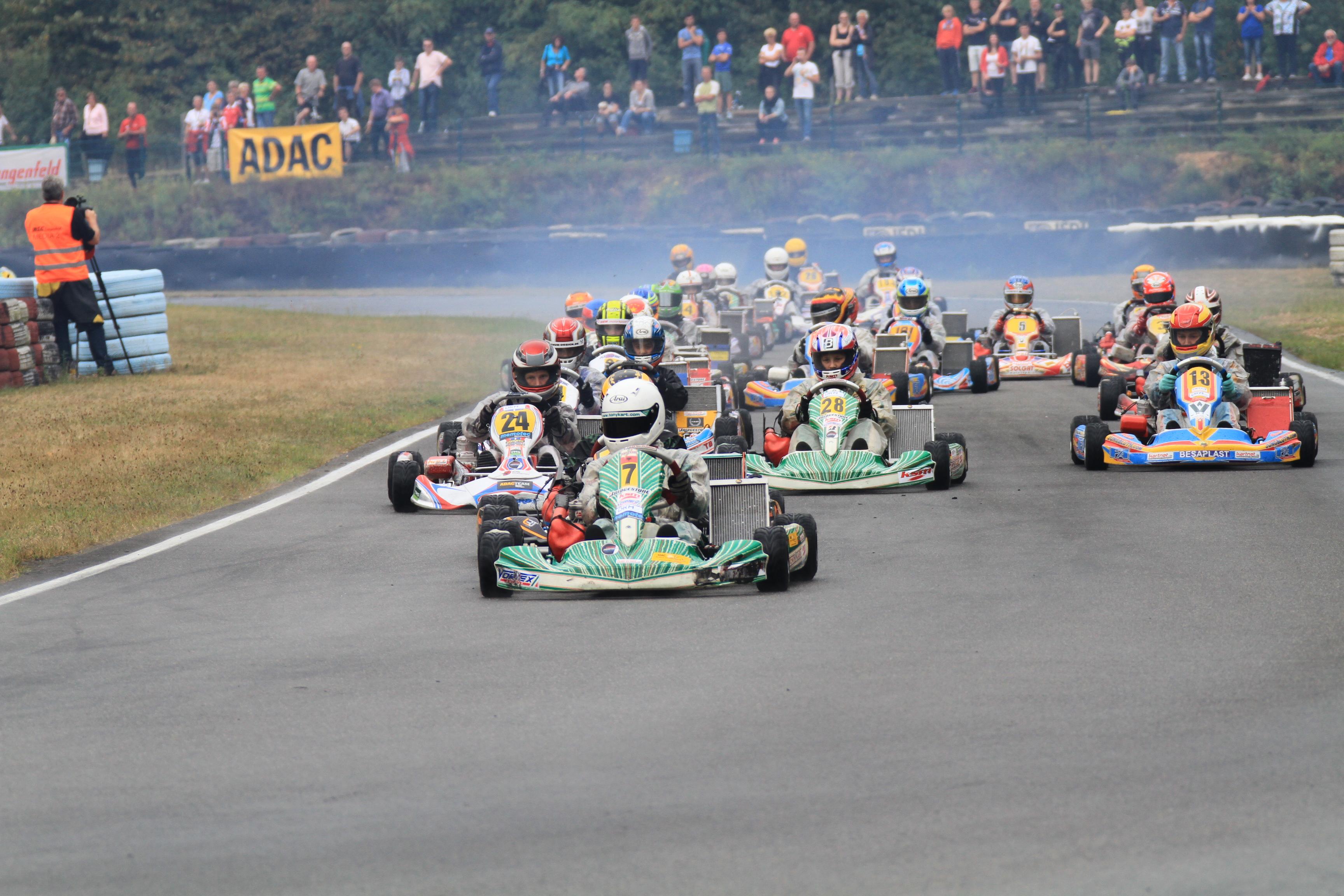 Erste Meisterschaftsentscheidung im ADAC Kart Masters