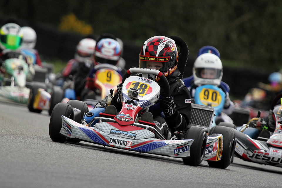 DS Kartsport startet erfolgreich im WAKC Kerpen