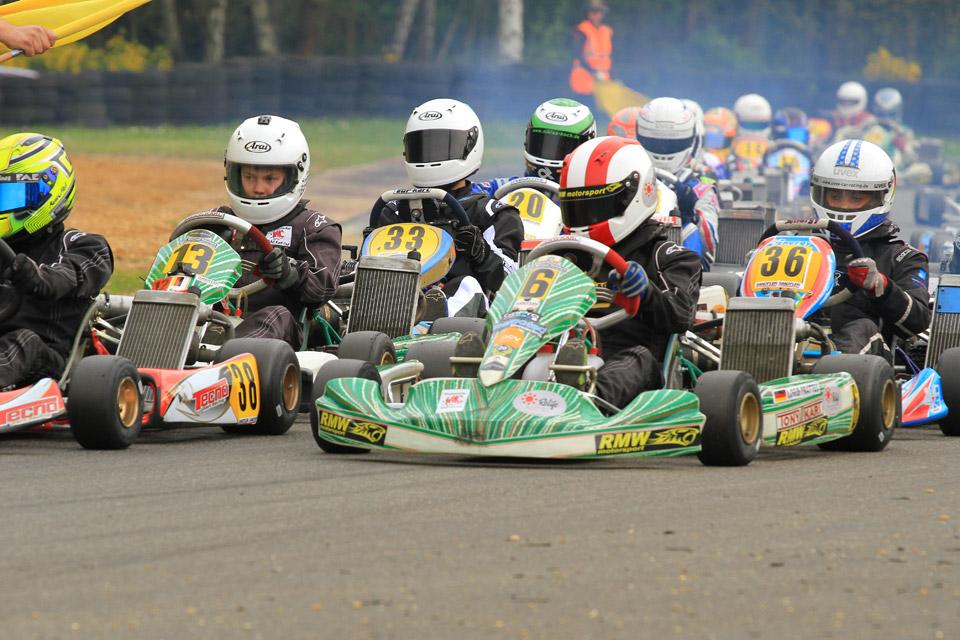 RMW Motorsport startet mit WAKC-Dreifachpodium