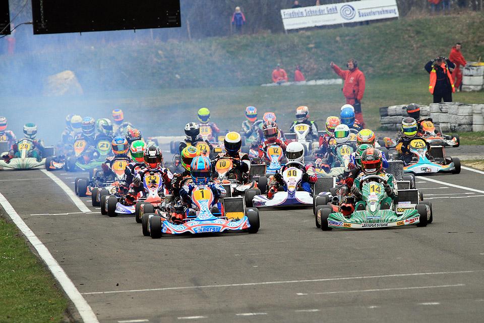 Volle Starterfelder im ADAC Kart Masters