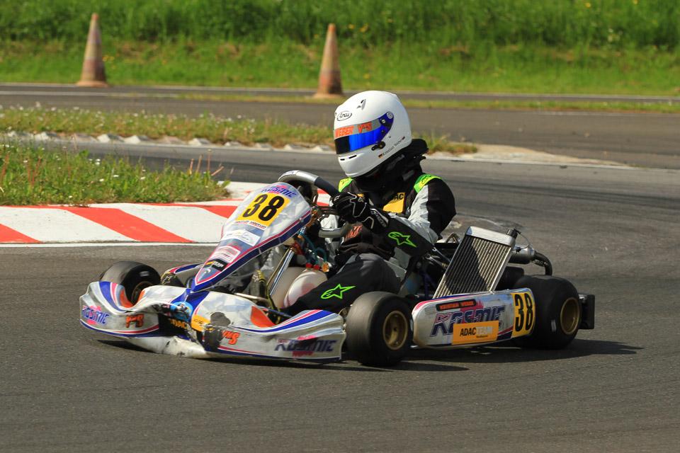 Durchwachsener Auftakt des ADAC Kart Masters für Kristian Weber