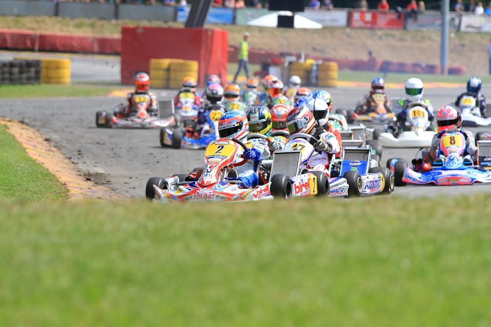 Max Hesse bleibt im Titelrennen