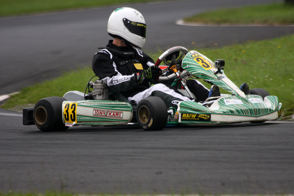 RMW Motorsport-Piloten fahren in die Top-Drei