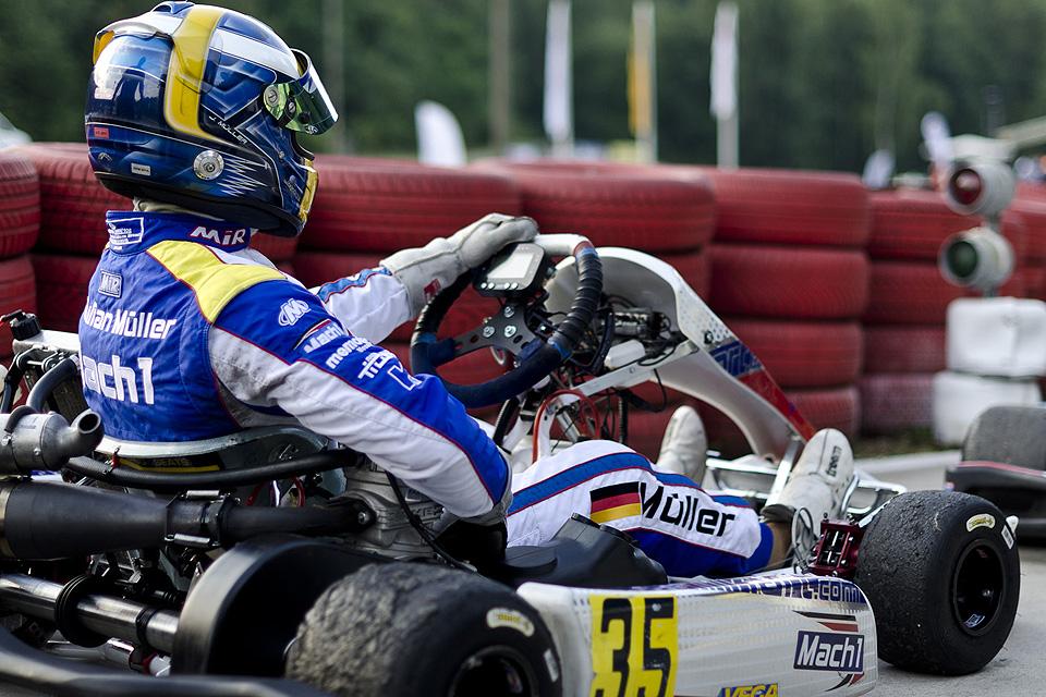 Mach1 Motorsport-Pilot Julian Müller beendet Saison