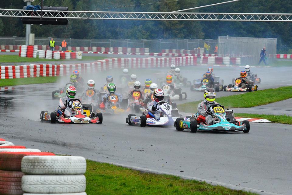 Kalf Motorsport siegt beim ACV German Vega Trophy Finale