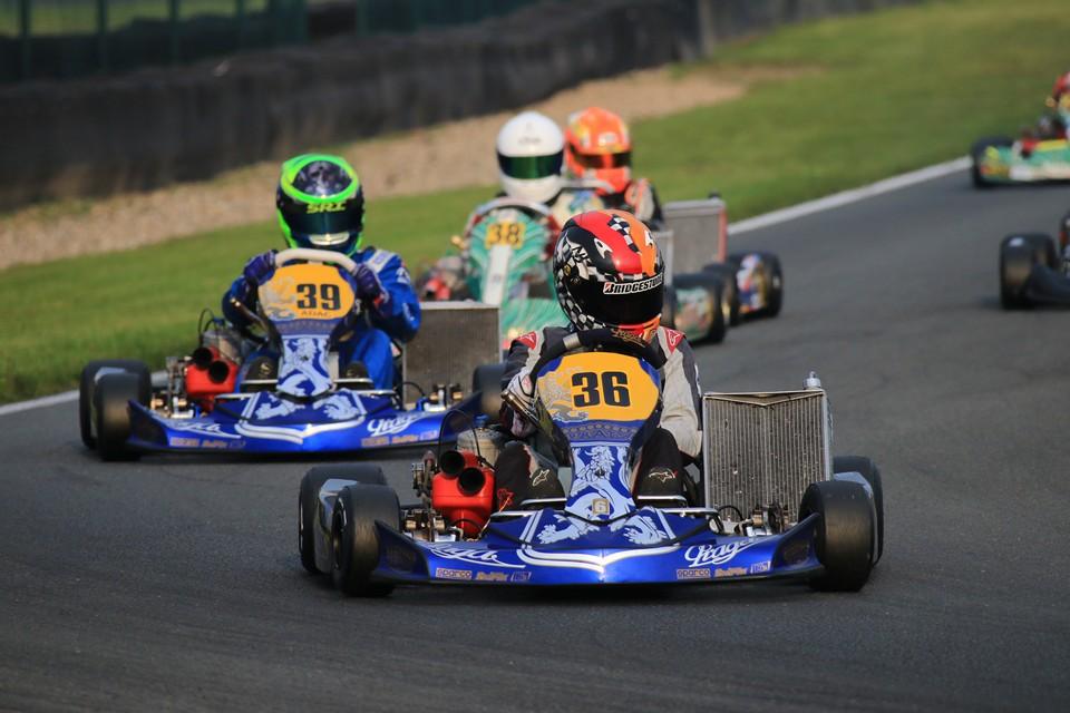 Kartshop Ampfing fährt mit Praga Kart in die Top-Fünf