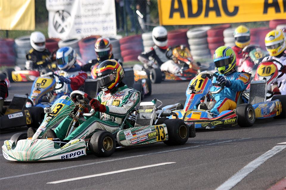RMW Motorsport fährt zweimal aufs Podium