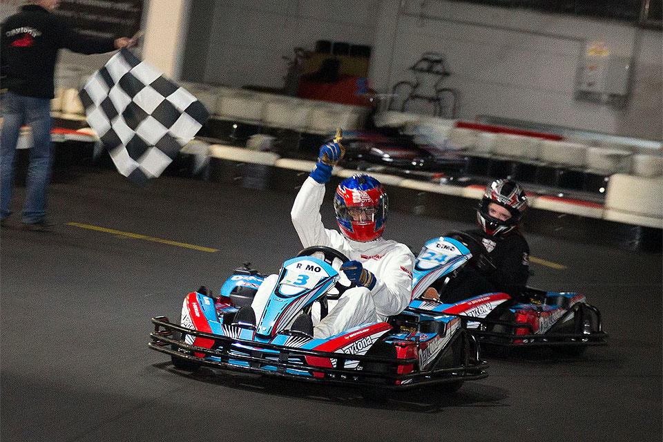 AVIA racing tritt beim Race4Hospiz für den guten Zweck an