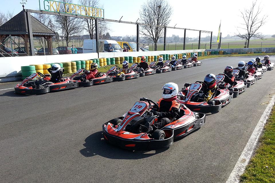 Kart-Lizenzlehrgang auf der Motorsportarena Stefan Bellof in Oppenrod