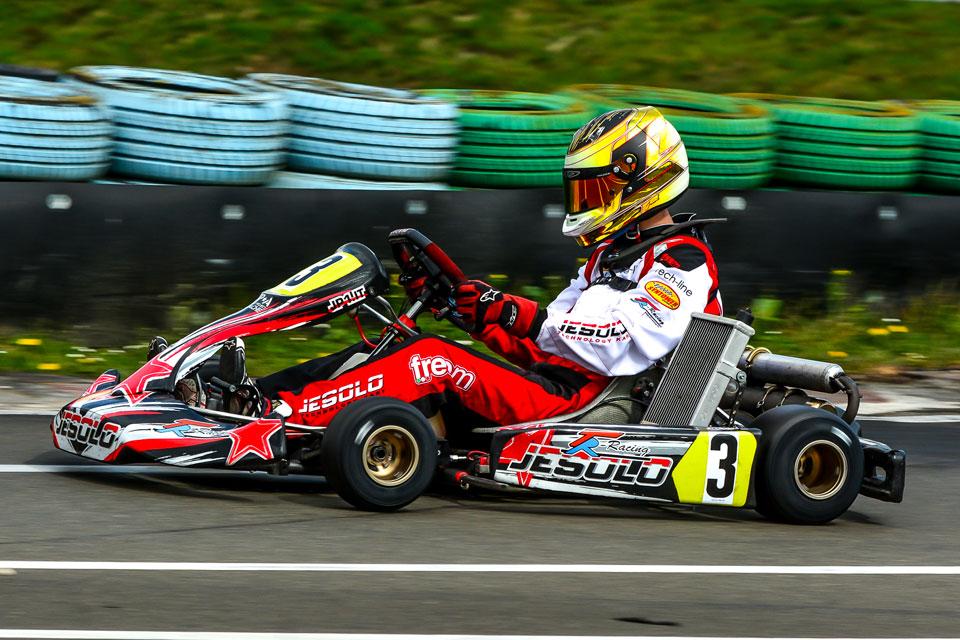 Vega Trophy-Erfolg für TR Motorsport