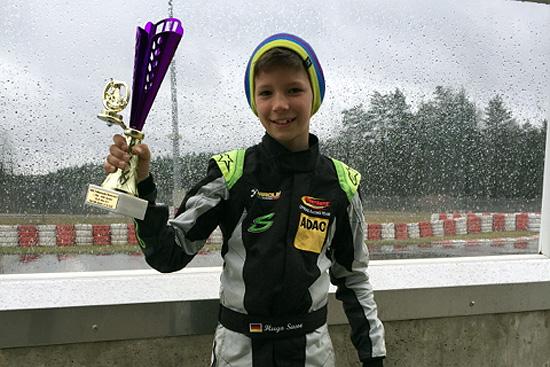Sieg im Regen: Hugo Sasse gewinnt in Wackersdorf