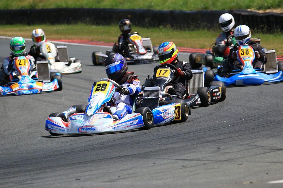 Zweigeteiltes Wochenende für CV Racing in Oschersleben
