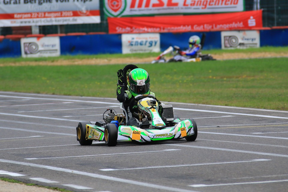 Hugo Sasse gewinnt ADAC Kart Masters in Kerpen
