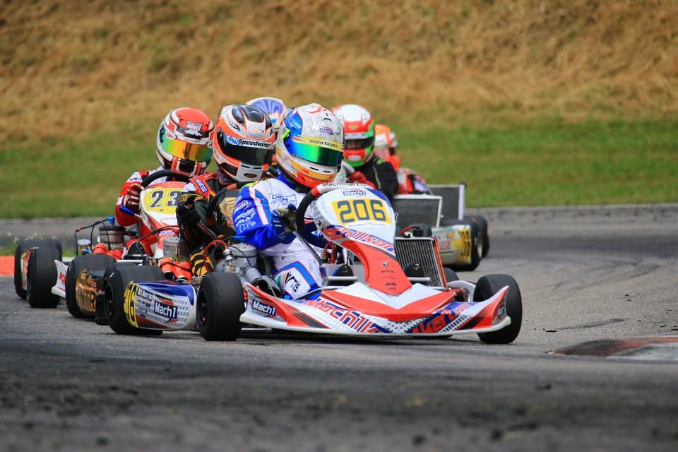 Spannendes DKM-Wochenende für Mach1 Motorsport