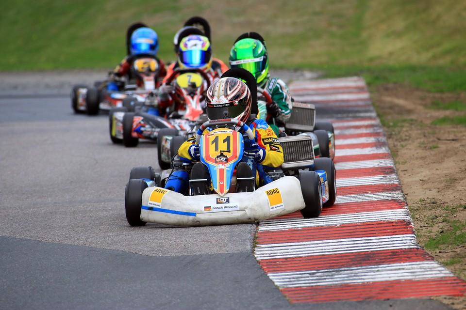 Lanari Racing Team in Wackersdorf auf Top-Fünf-Kurs