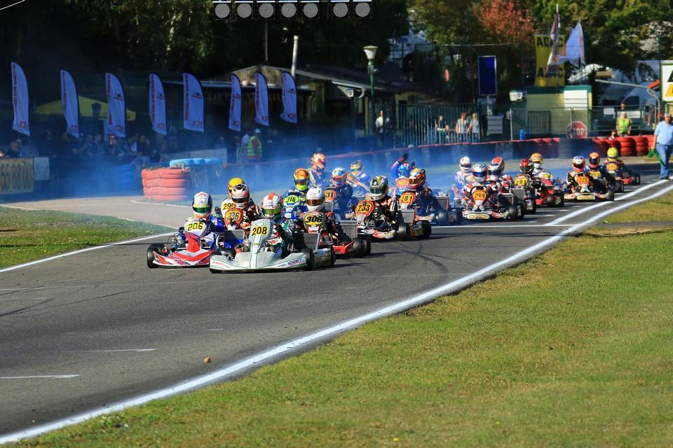Strahlende Meister in der Deutschen Kart Meisterschaft