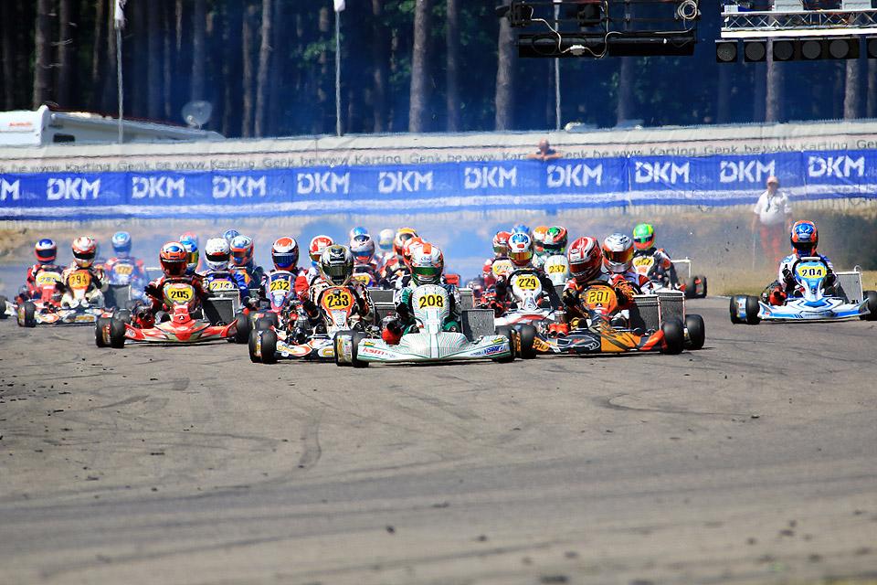 DMSB Schalt Kart Cup feiert Premiere