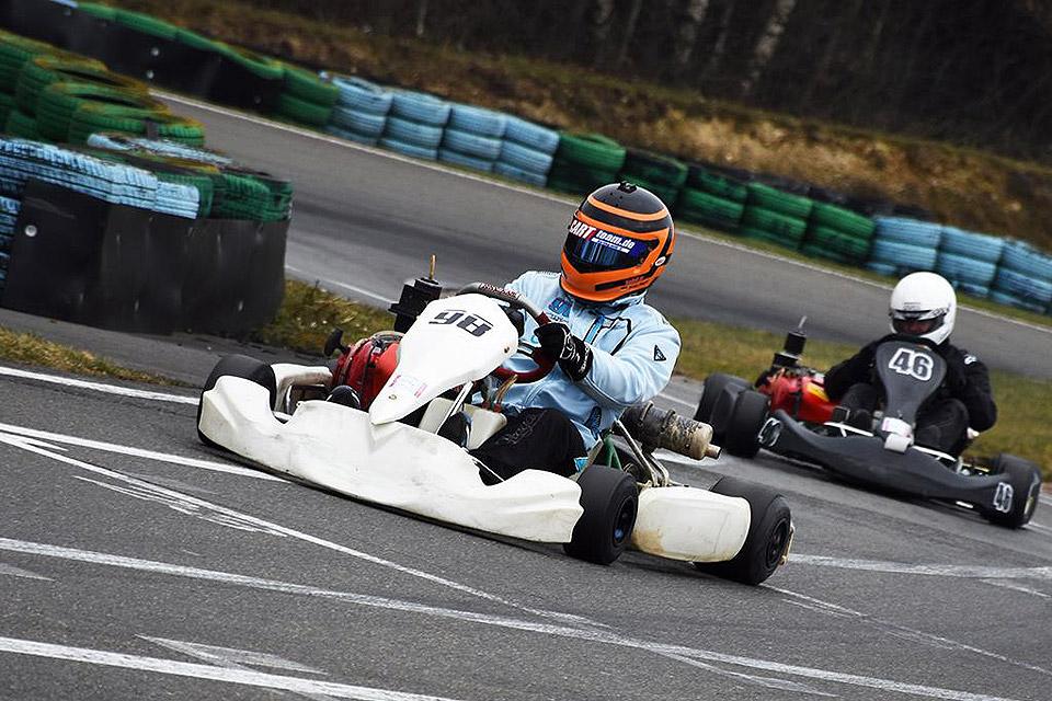 CARTteam.de by KartArena Ingolstadt mit erfolgreichen Testfahrten in Hahn