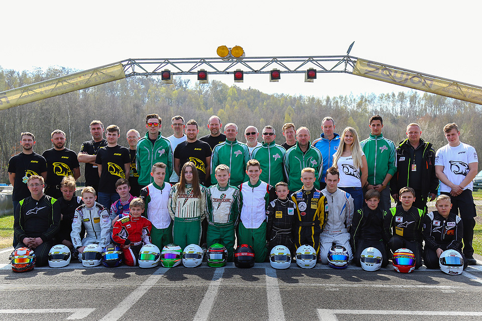 Erfolgreicher Saisonstart für RMW motorsport