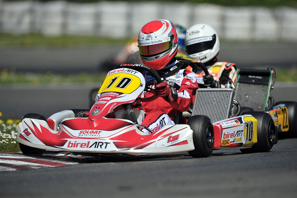 Maximilian Schulte fährt sich in die Top-Ten