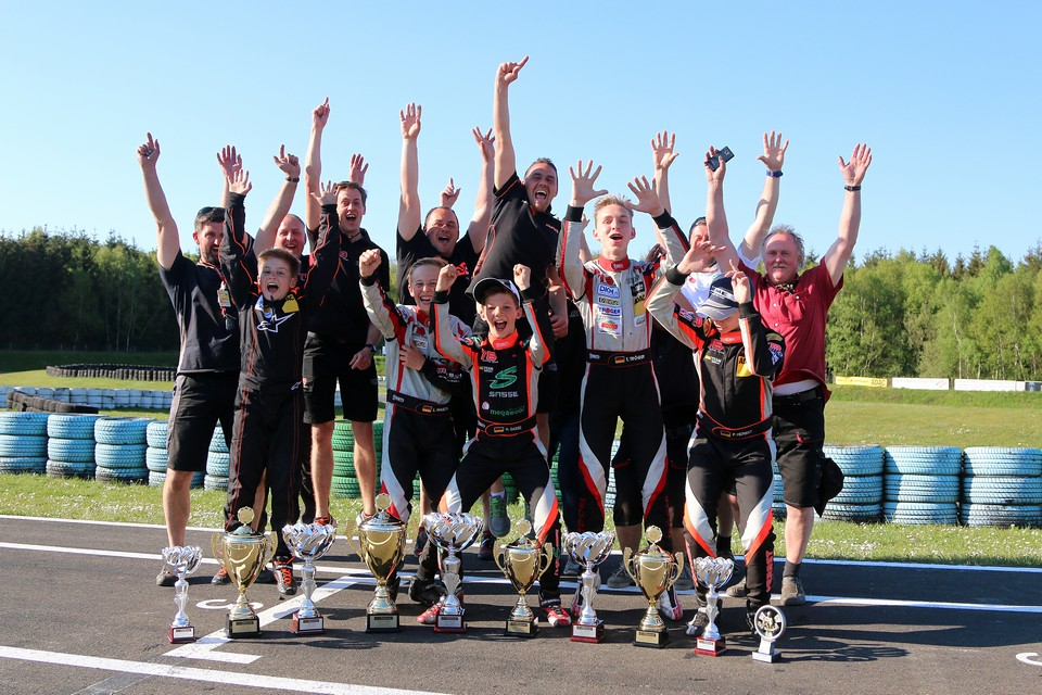 Pokalregen für CRG TB Racing in Hahn