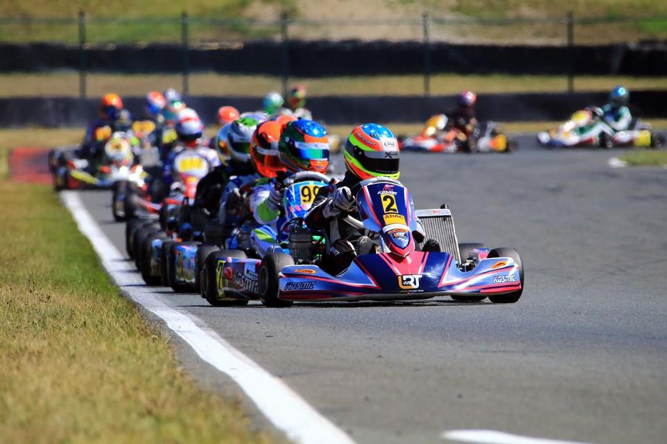 Team Zinner by LRT auf Titel-Kurs im ADAC Kart Masters