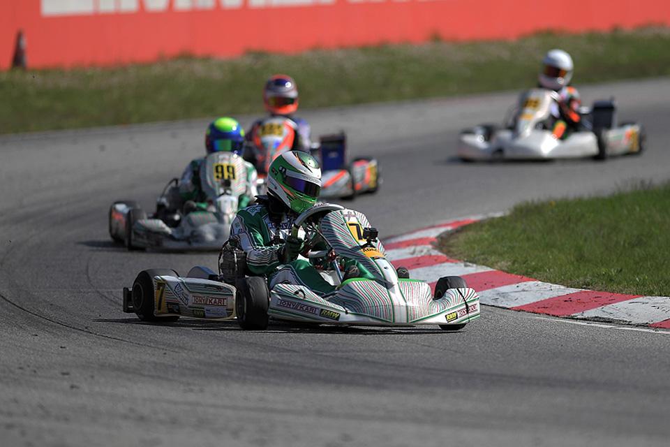 Marcel Schminke debütiert erfolgreich beim ADAC Kart Masters
