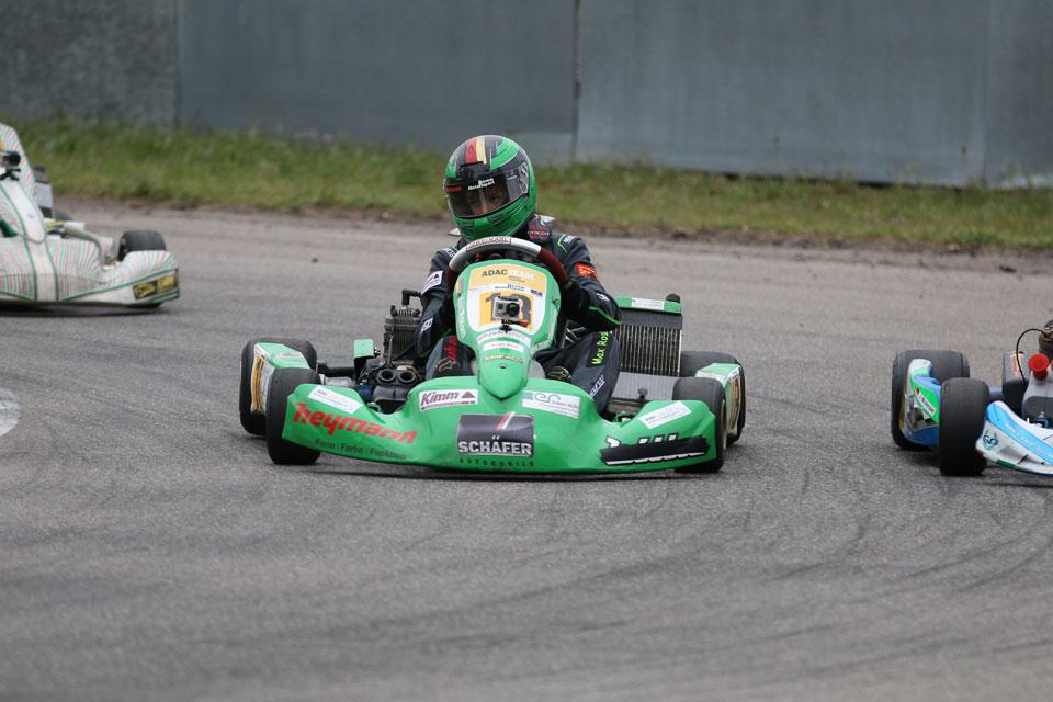 Max Rosam gewinnt X30-Rennen im WAKC