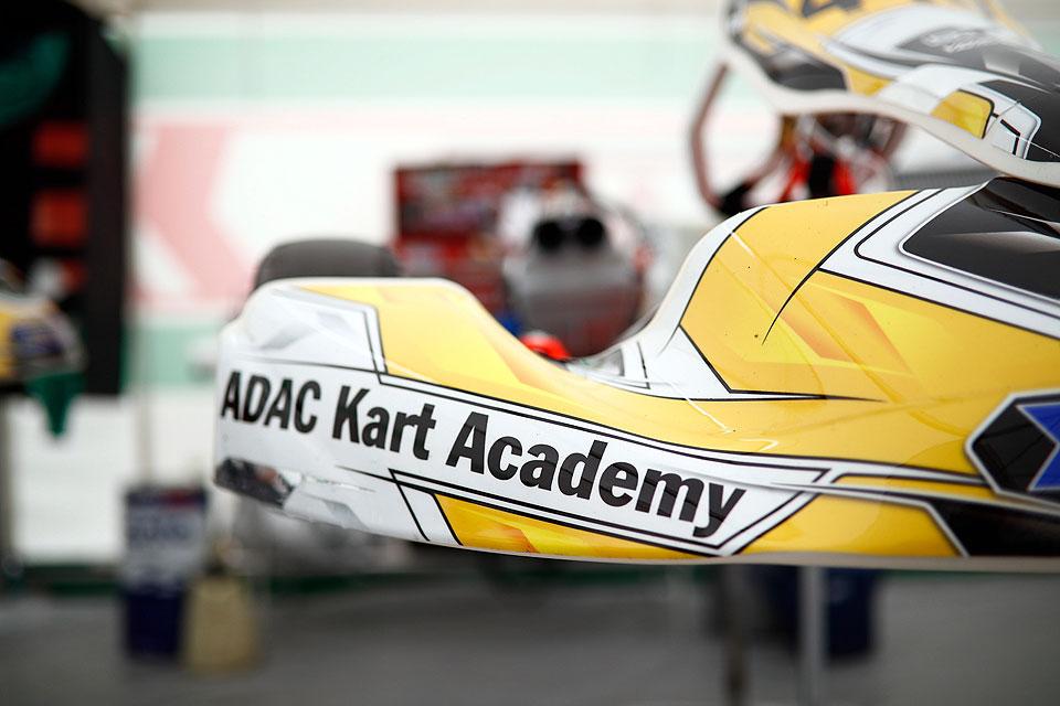 Bühne frei für die ADAC Kart Academy in Kerpen