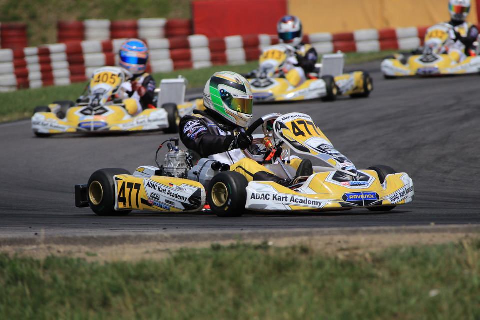 Tim Tramnitz siegt wieder in der ADAC Kart Academy