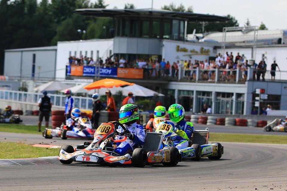 CRG TB Racing Team wahrt auch Titel-Chance in der DKM
