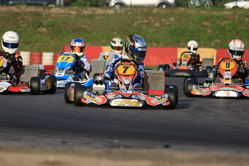 Marius Zug holt Titel im ADAC Kart Masters