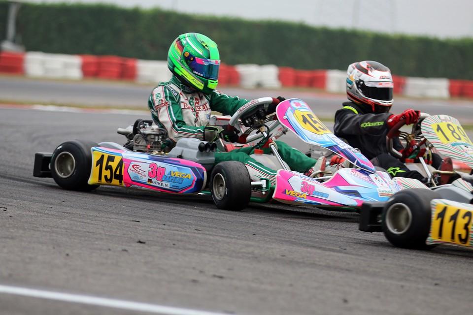 Nico Hantke feiert Premiere auf dem South Garda Circuit