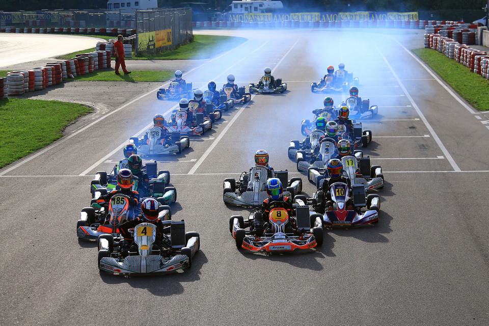Hochspannendes Finale des ADAC Kart Masters in Wackersdorf