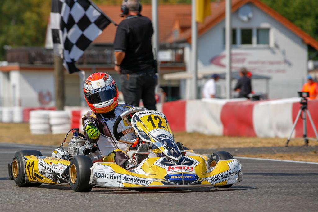 Fabio Rauer räumt in der ADAC Kart Academy ab