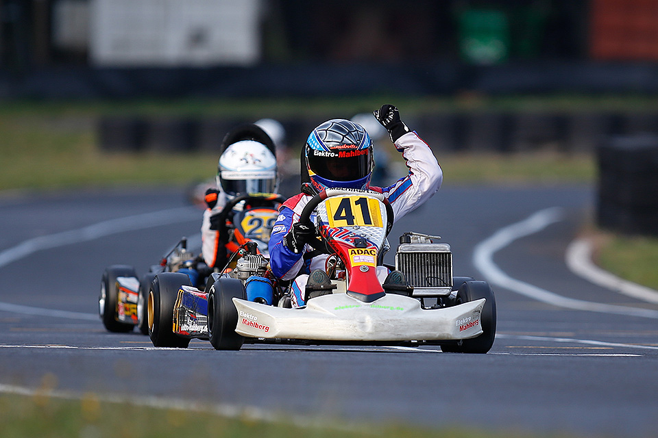 Maddox Wirtz stolz auf Titel im ADAC Kart Cup