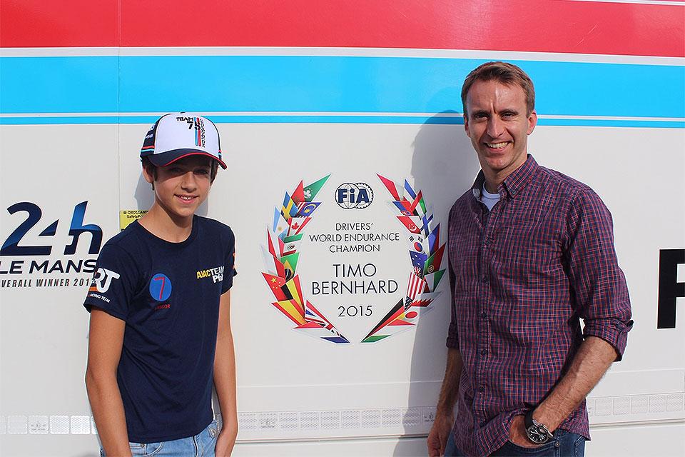 Team75 Bernhard mit Juniorteam im Kartsport