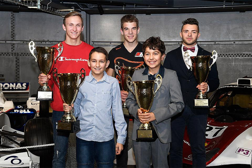 Fünf strahlende Kart-Champions in der SKM