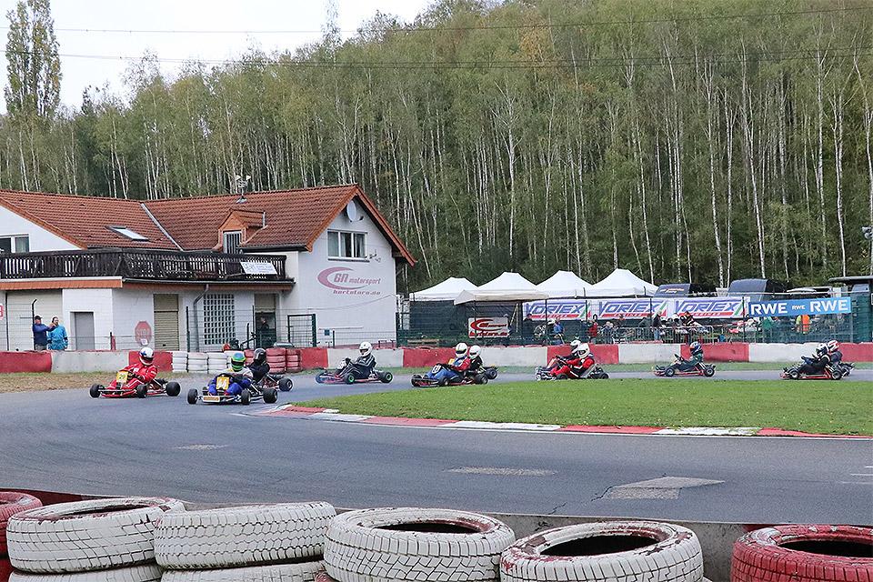 Saisonstart der historischen Kartsportler beim Frühjahrscup in Kerpen