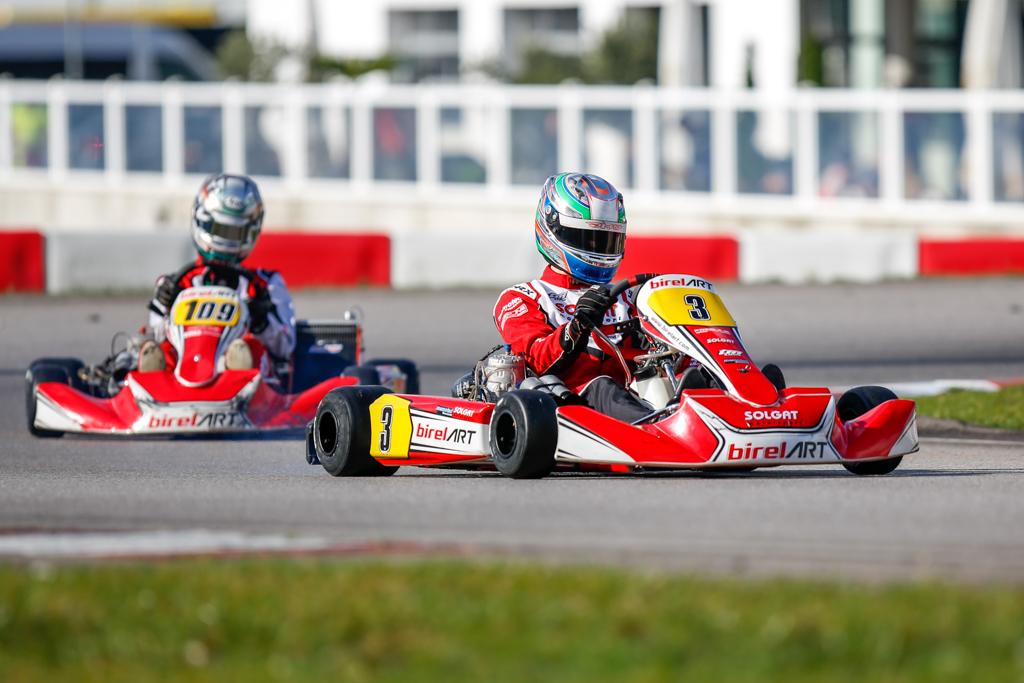 Pokal für Solgat Motorsport in Wackersdorf